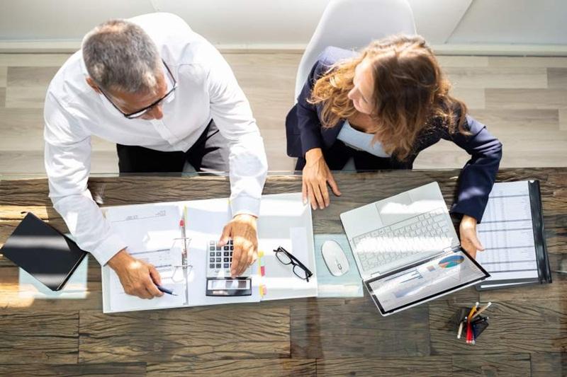 Quais as vantagens de contratar um contador para ajudar no imposto de renda?